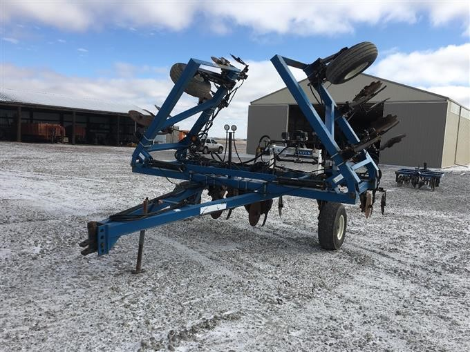 Progressive 12 Knife Anhydrous Applicator BigIron Auctions on