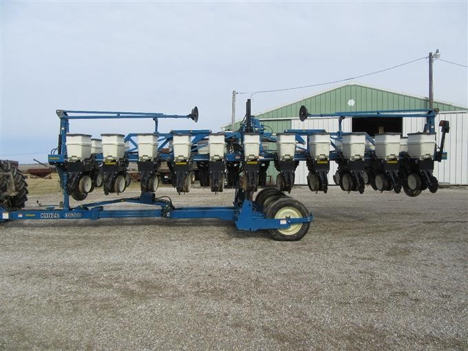 2003 Kinze 3600 12 23 Split Row Planter Bigiron Auctions