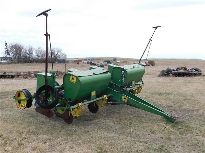 John Deere 1240 Corn Planter Bigiron Auctions