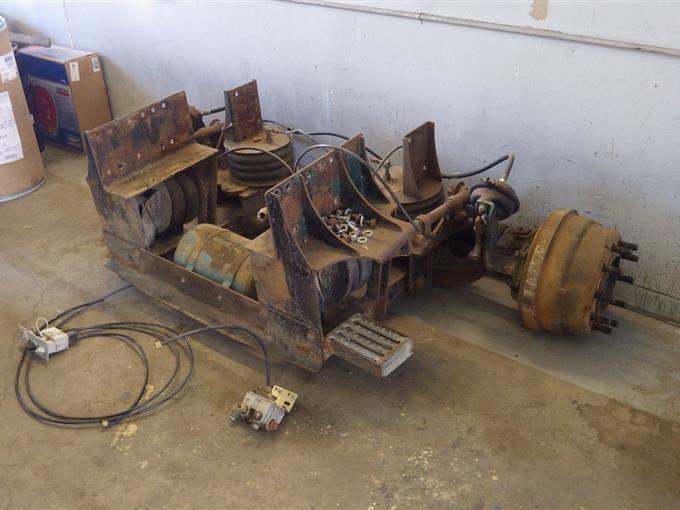 Rockwell International FF981LX62 Steerable Lift Axle W/Tires