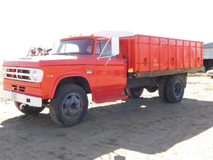 dodge d500 grain truck 1 Dodge D1 S/A Grain Truck BigIron Auctions
