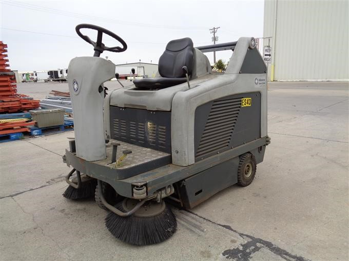 Advance Terra 5200b Self Propelled All Electric Floor Sweeper