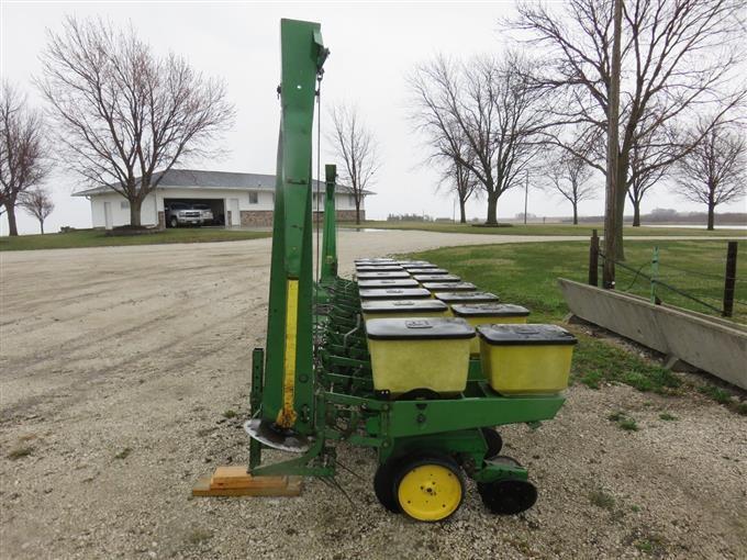 John Deere 7100 3 Point Hitch Max Emerge Planter Bigiron Auctions