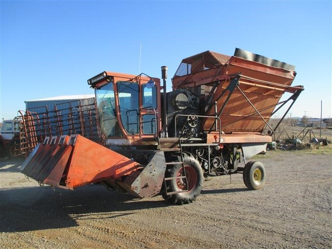 Allis chalmers 880 cotton stripper