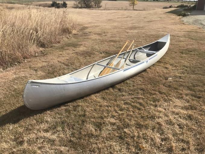 Grumman Boats 17 Aluminum Canoe BigIron Auctions