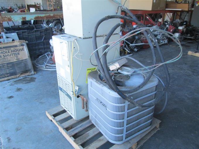 Carrier WeatherMaker 8000 Furnace & AC Unit BigIron Auctions