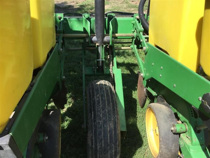 Johndeere Planter on John Deere Hydraulic Pump