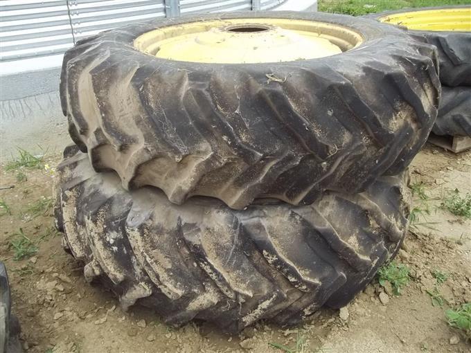John Deere 4440 Rim : Bigiron