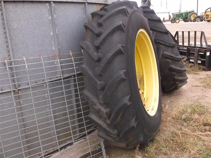 Clamp On Duals : R tractor duals rims w clamp on axle hubs bigiron
