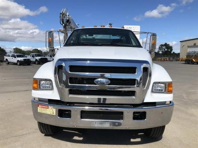 F650 Service Truck | deliciouscrepesbistro.com