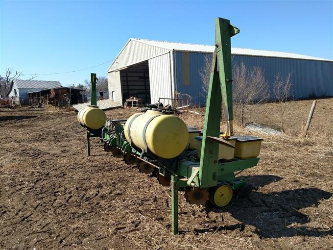 John Deere 7100 Planter BigIron Auctions