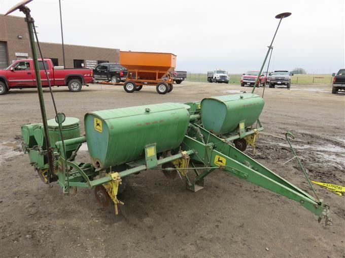 John Deere 1240 Planter Bigiron Auctions