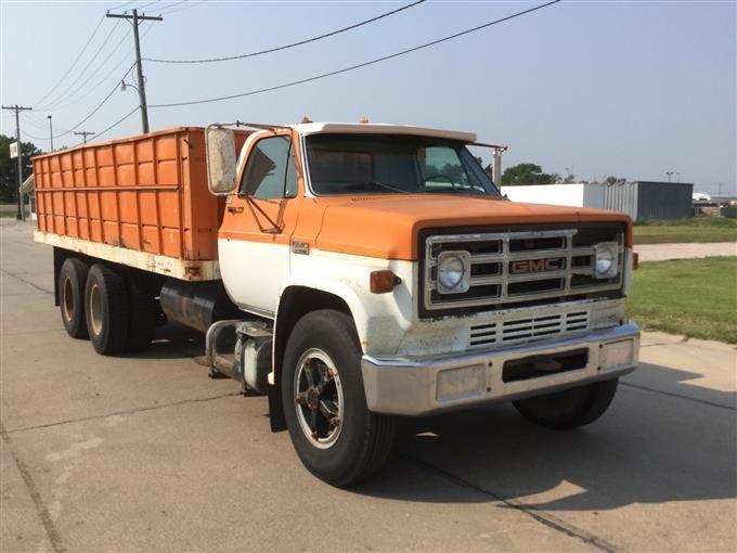 1975 gmc 6500 t a grain truck bigiron auctions. Black Bedroom Furniture Sets. Home Design Ideas