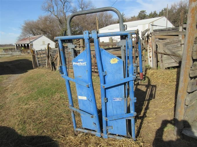 Priefert Head Gate On Stand Bigiron Auctions