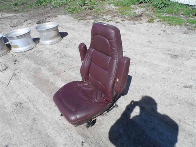 Bostrom Wide Ride Truck Seat BigIron Auctions