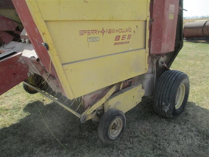 New Holland 855 Auto-Wrap Chain Baler For Parts BigIron Auctions