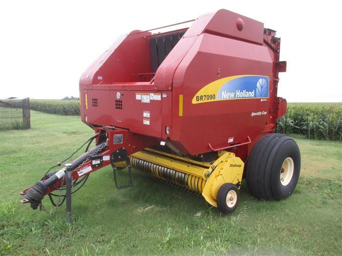 2011 New Holland BR7090 Specialty Crop Round Baler W/Twine