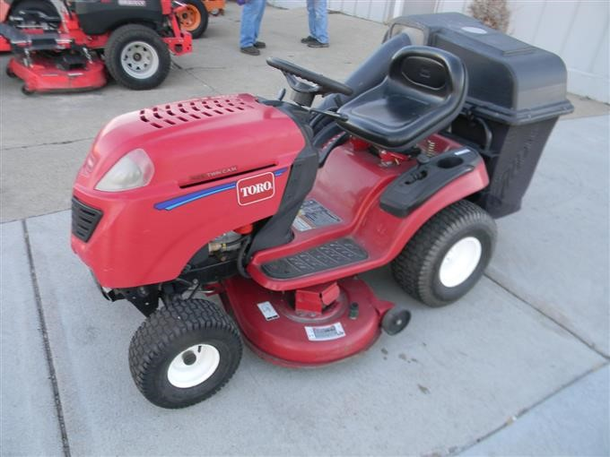 2007 Toro Lx425 Twin Cam Lawn Mower Bigiron Auctions