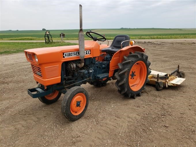 1977 Kubota L1801 2WD Tractor W/Finishing Mower BigIron Auctions
