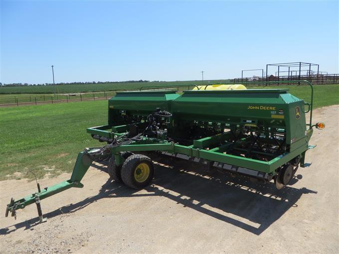 2009 John Deere 1590 No TIll Grain Drill W Liquid Fertilizer