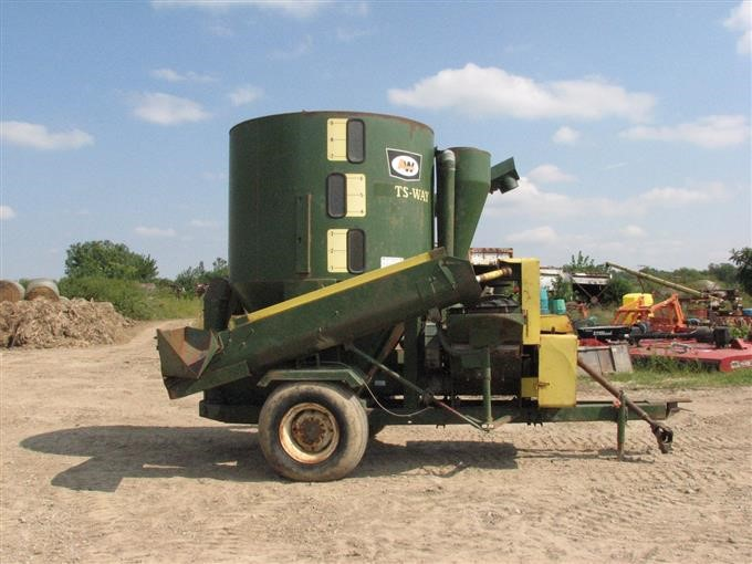 Portable Feed Mill : Artsway portable feed mixer and mill bigiron auctions
