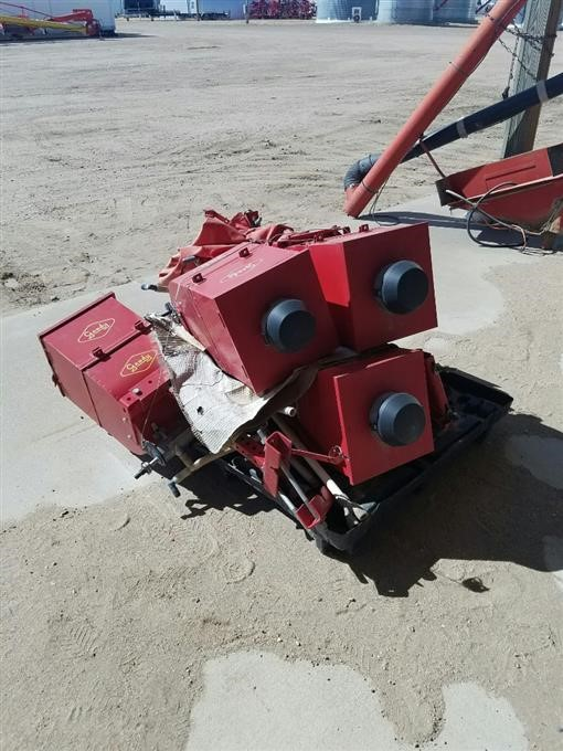 Used Gandy Air Seeder - 0425