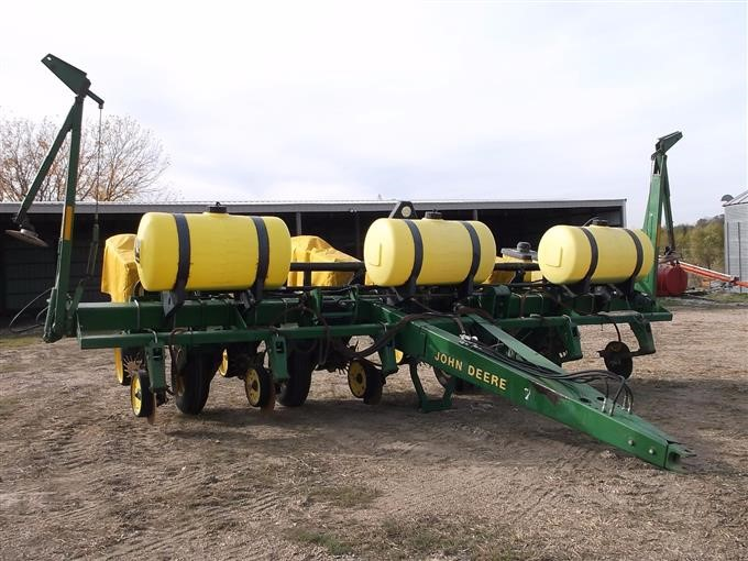 John Deere 7200 Max Emerge 2 6 Row Planter Bigiron Auctions