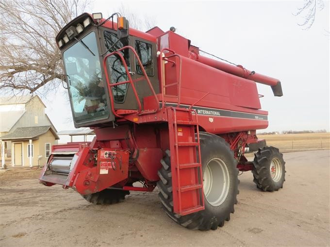1990 case ih 1680 axial flow rotary combine w rear wheel. Black Bedroom Furniture Sets. Home Design Ideas