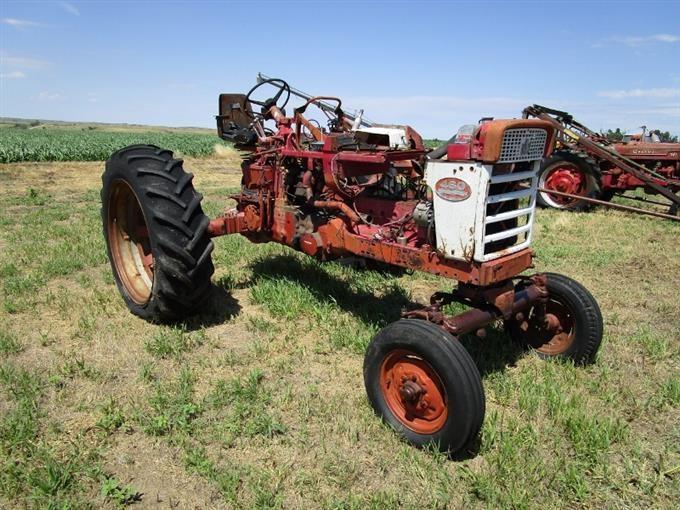 1958 International Tractor : Bigiron