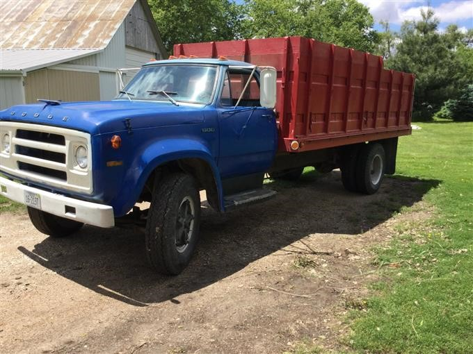 dodge d600 grain truck 2 Dodge D2 Grain Truck BigIron Auctions