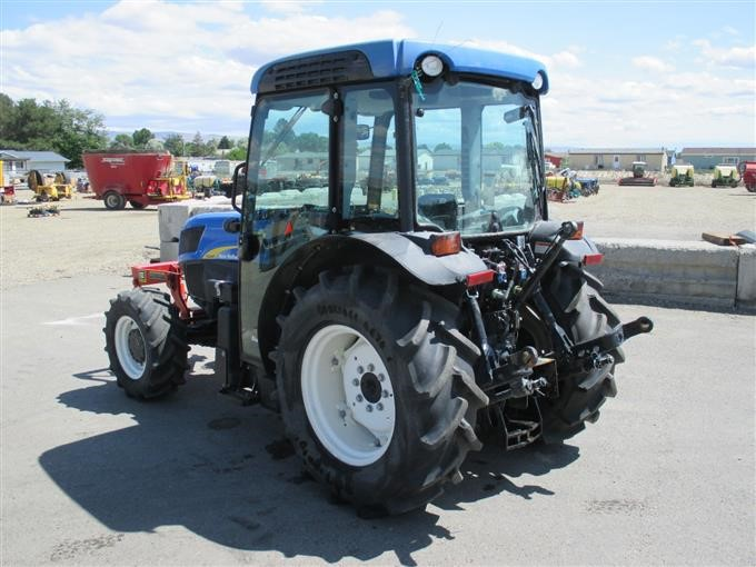 Broken Tractor Windshield : New holland t f tractor bigiron auctions