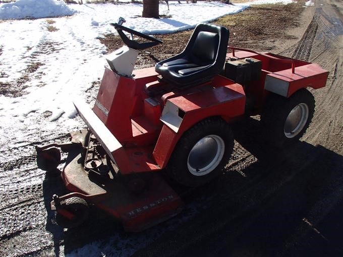 Hesston H 140 Front Runner Riding Lawn Mower BigIron Auctions
