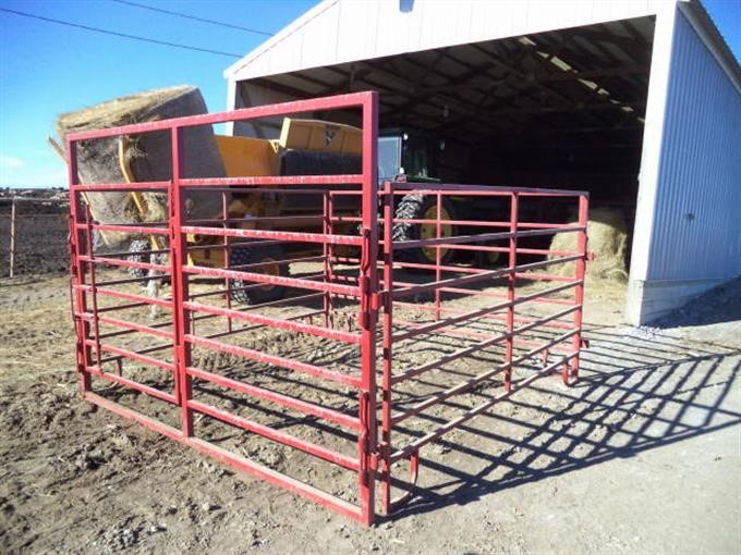 Galyean Lives stock Trailer - Heavy Duty Fenders on the Galyean Cattle  Trailer