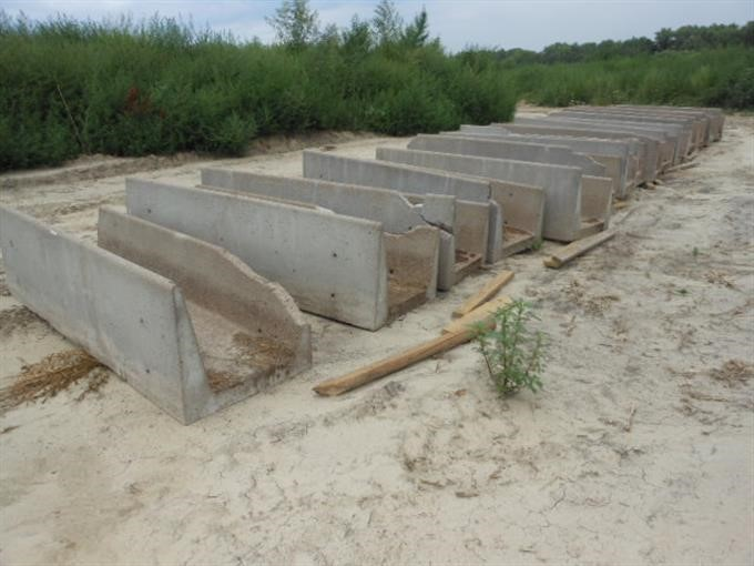 how to make concrete feed bunks