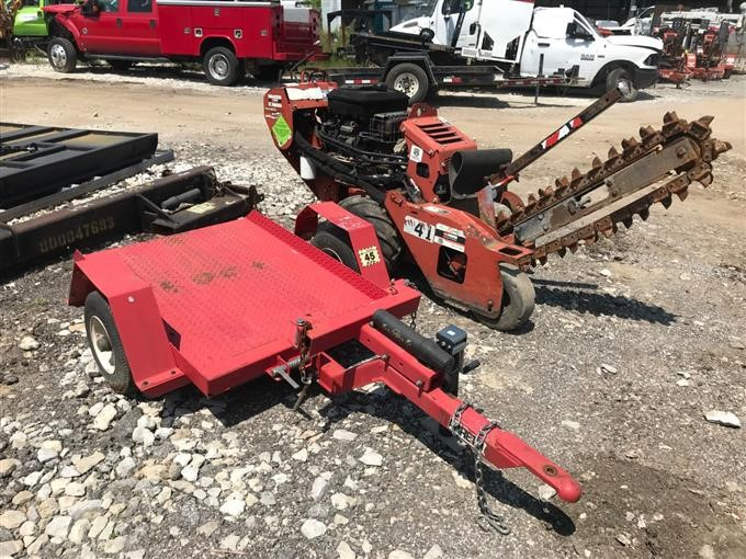 2011 Ditch Witch RT12 Walk-Behind Trencher w/ Utility Tilt