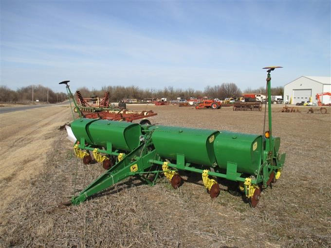 contact owner for spacing row the p planter inch sale message john ad gackle nd planters o deere