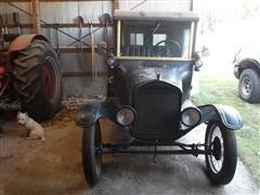 items/00ccd5053118e41180be00155de252ff/1924fordmodeltdeliveryvancar