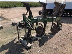 John Deere F835 3 Bottom Roll Over Plow