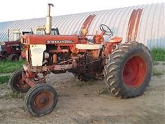 1959 Farmall International 560 2WD Diesel Tractor
