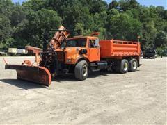1996 International 4900 T/A Dump Truck W/Snow Plow