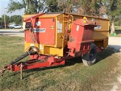Knight 3300 Reel Auggie 2 Wheel Feed Mixer Wagon
