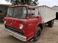 1975 Ford C750 Grain Truck
