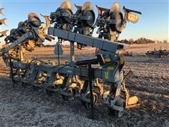 Hiniker 6000 12 Row Cultivator