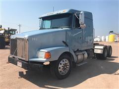 1995 White/GMC/Volvo WIA64T T/A Truck Tractor