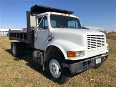 1992 International 4700 4x2 S/A Dump Truck