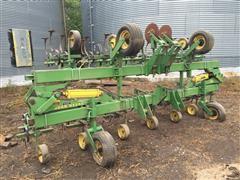 John Deere 85 12R30 Cultivator