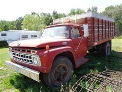 1965 Ford 700 Grain Truck