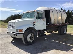 2000 International 4700 S/A Water Truck