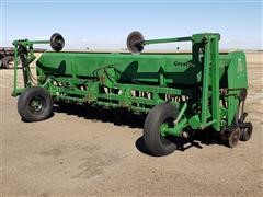 Great Plains Solid Stand 15' Double Disc Grain Drill