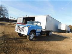 1968 Ford F600 Flatbed Truck